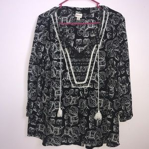 Black and creme tunic with elephants